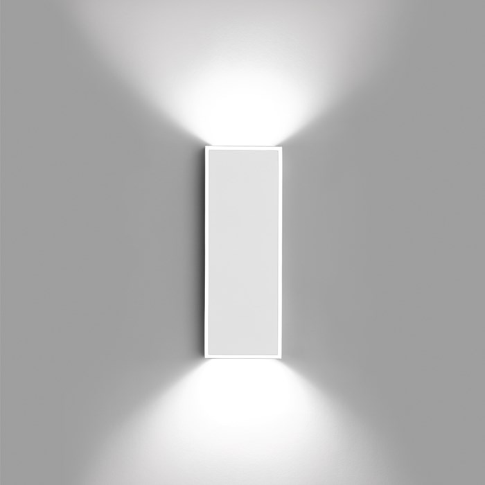 Vibia Alpha Rectangle Wall Light| Image:1