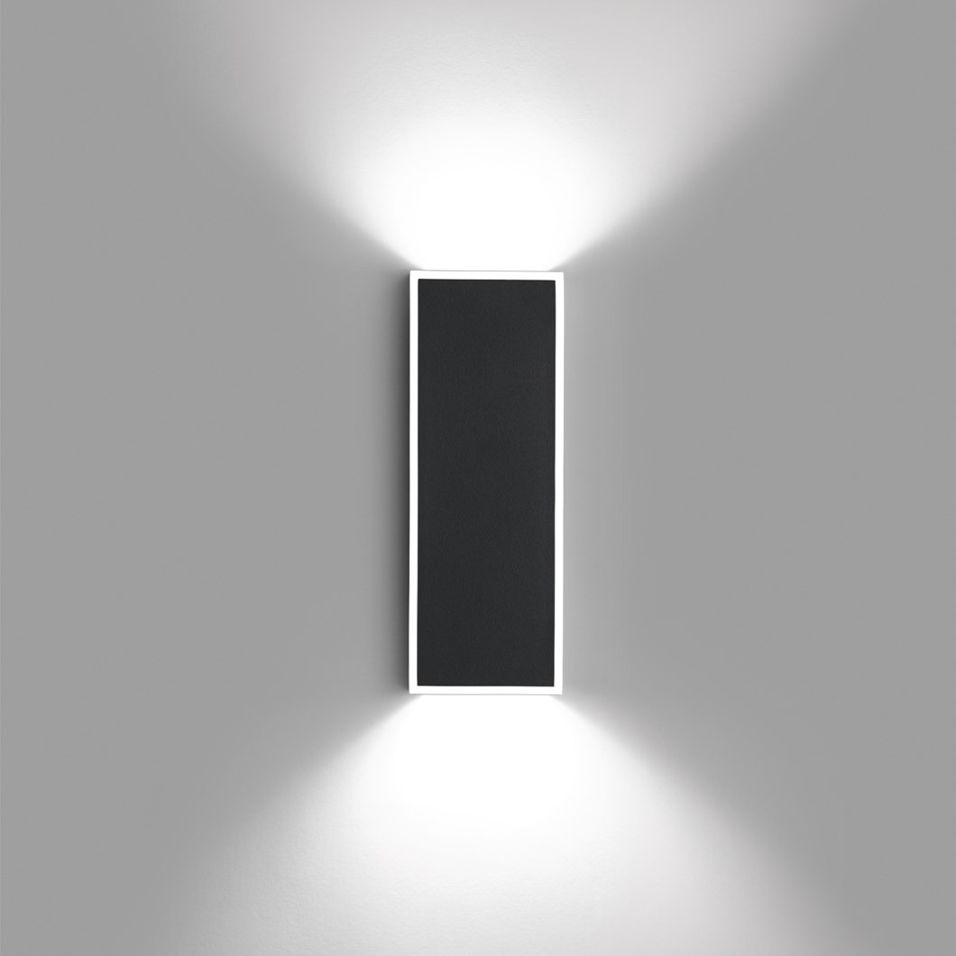 Vibia Alpha Rectangle Wall Light| Image : 1