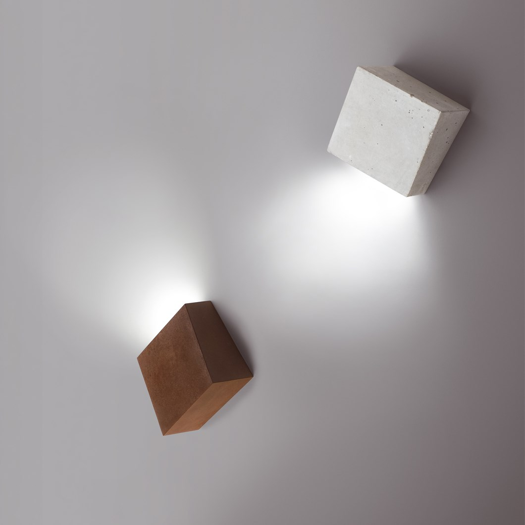 Vibia Break Exterior Wall Light| Image : 1