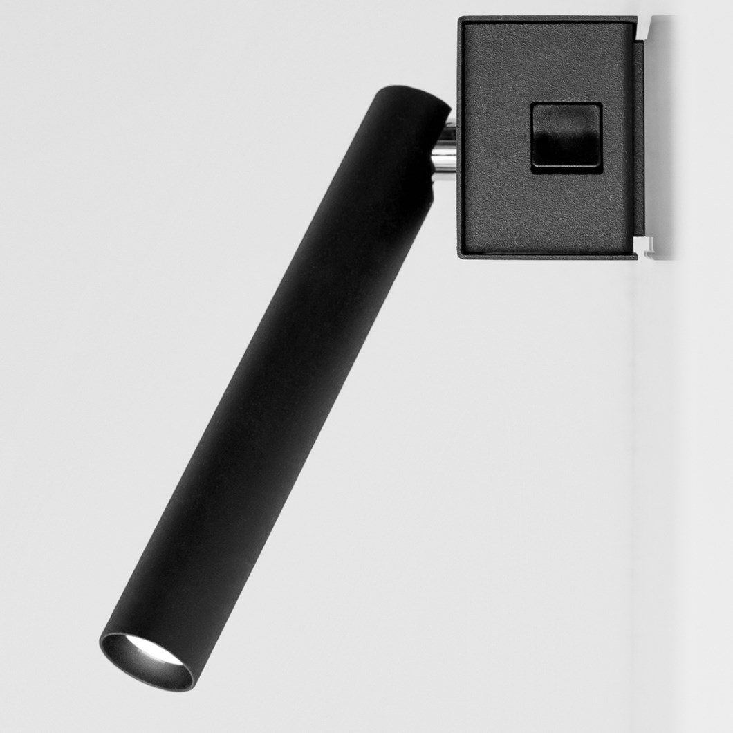 Davide Groppi Mira Switch Wall Light| Image : 1