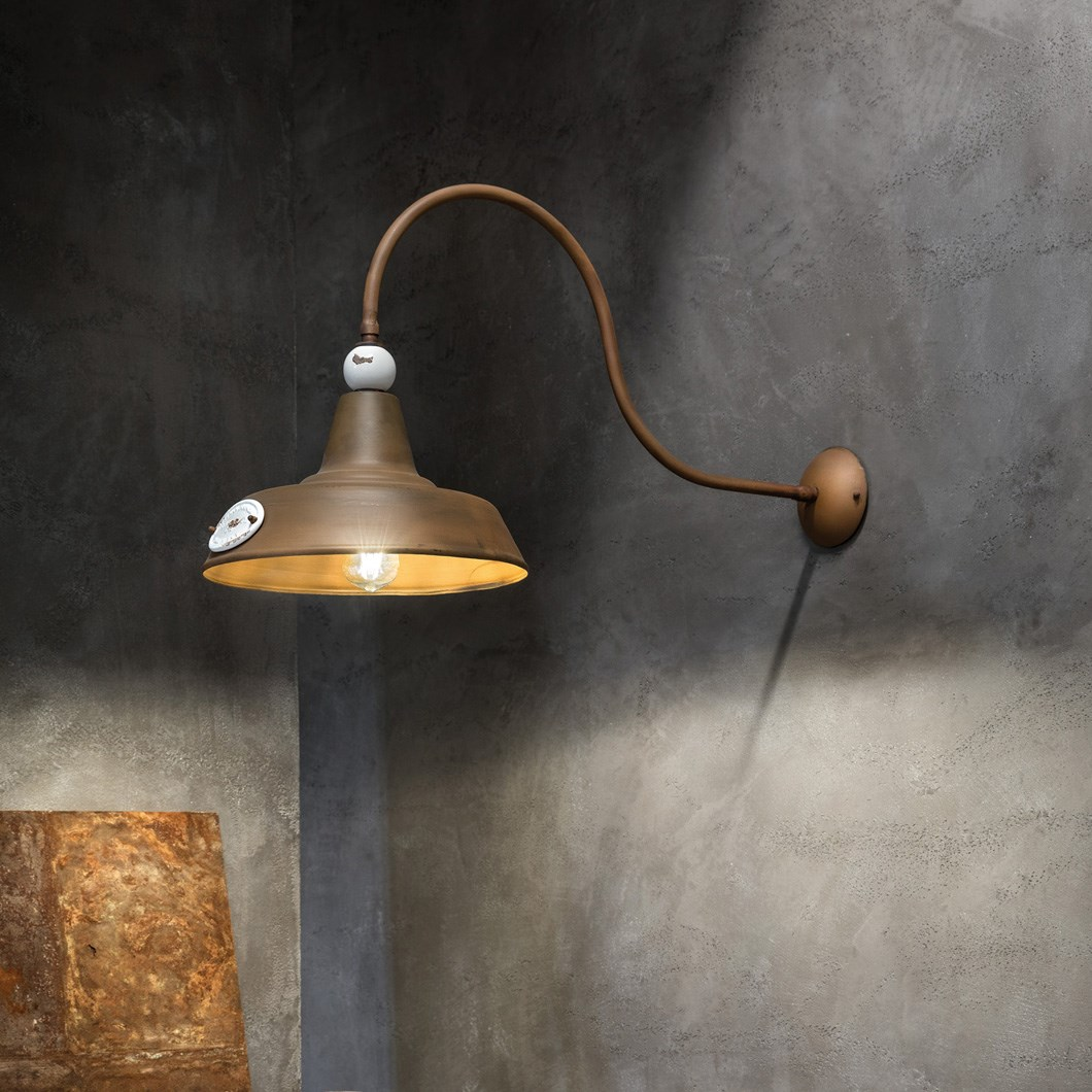 Ferroluce Retro Grunge C1602 Wall Light| Image:1