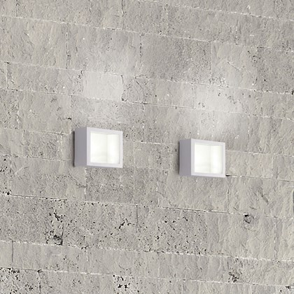 Icone Cubo Exterior Wall Light