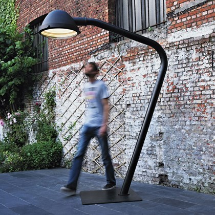 Jacco Maris The Outsider Exterior Floor Lamp