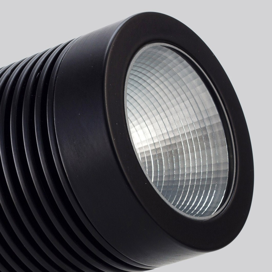 LLD Point XL Outdoor IP67 LED Spot Light| Image:1