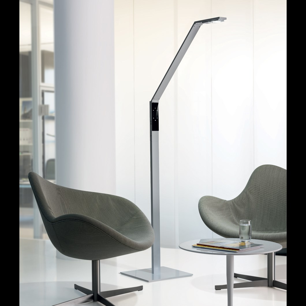 Luctra Linear Human Centric LED Floor Lamp | Image:2