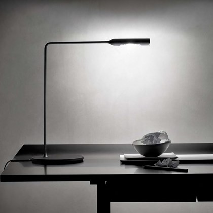 Lumina Flo LED Desk Lamp