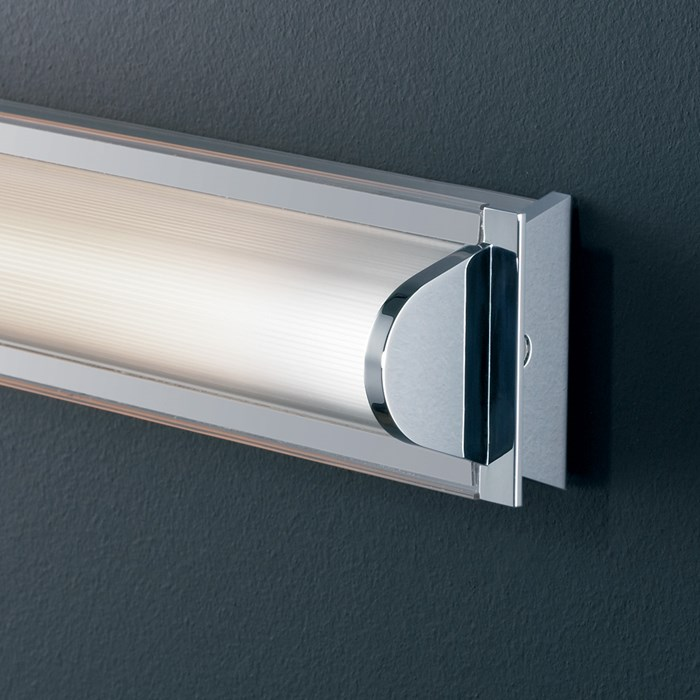 Marset Manhattan Narrow Wall Light| Image:1