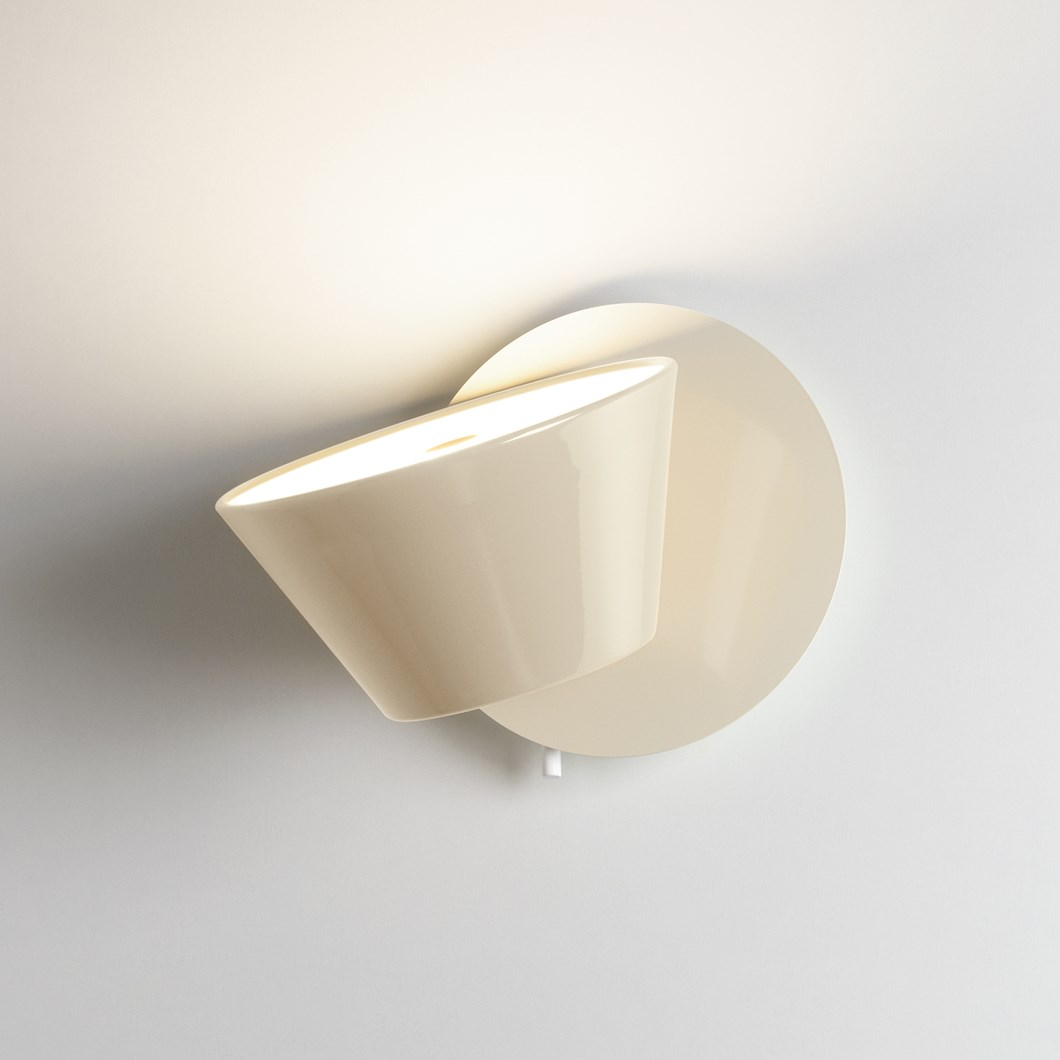 Marset Tam-Tam Single Wall Light| Image:1
