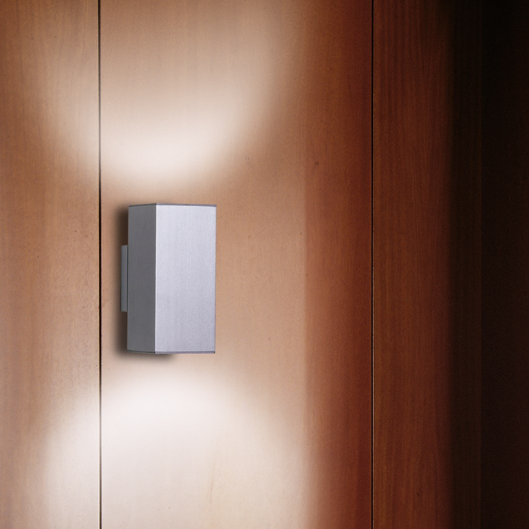 CLEARANCE Milan Iluminacion Dau Doble Aluminium Wall Light| Image : 1
