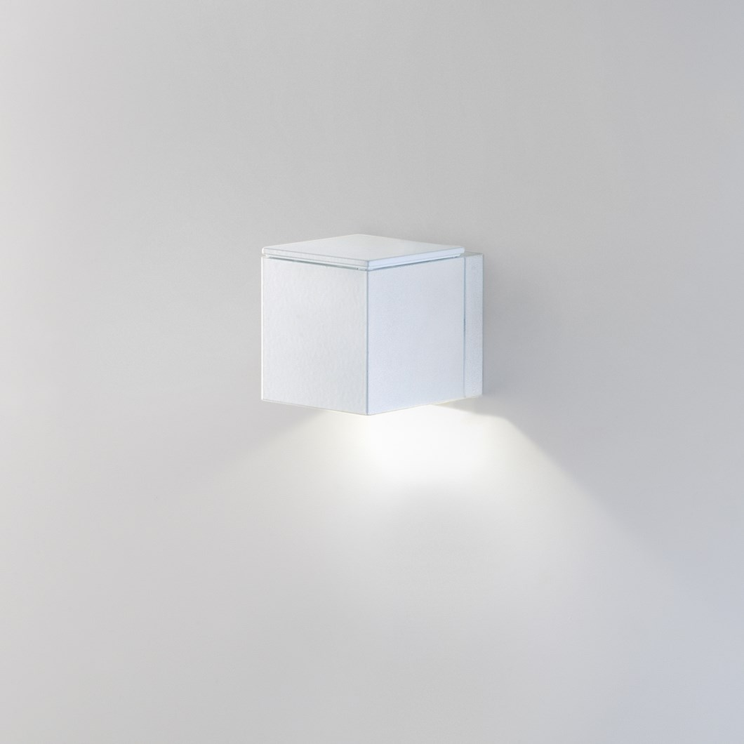 Milan Iluminacion Mini Dau LED Wall Light| Image : 1