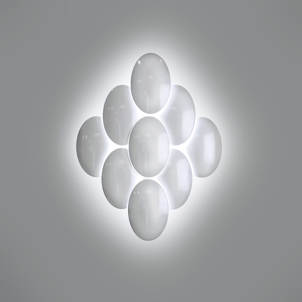 Milan Iluminacion Obolo Diamond LED Wall Light| Image : 1