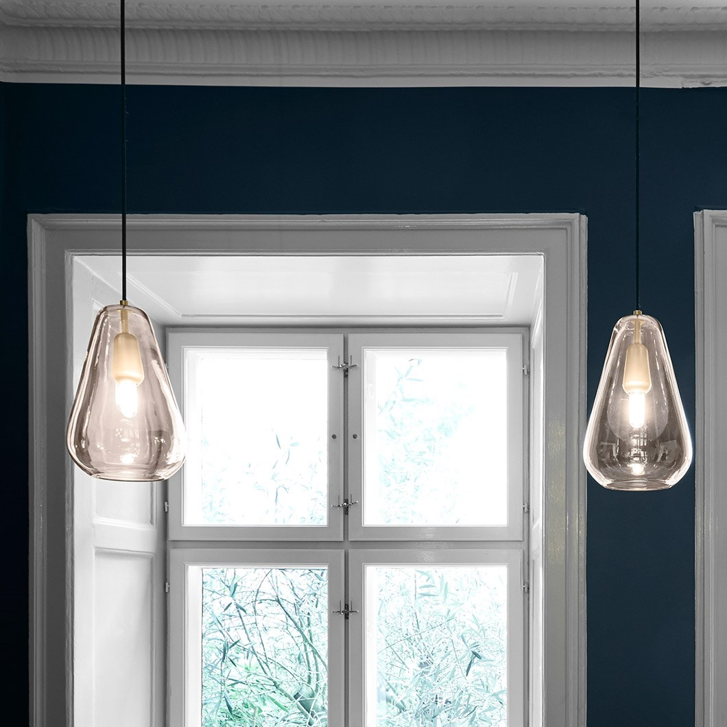 Nuura Anoli 1 Medium Glass Pendant| Image:1