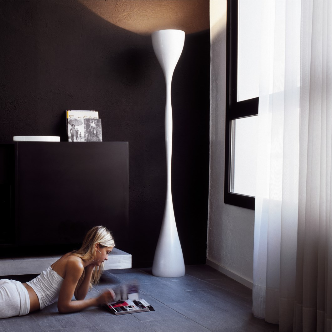 Vibia Jazz Floor Lamp| Image:1