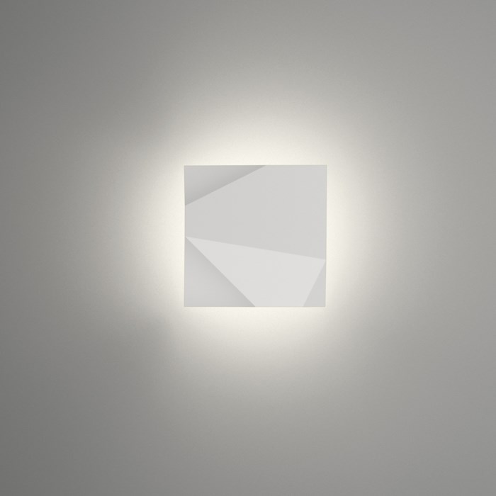 Vibia Origami Exterior Wall Light| Image : 1