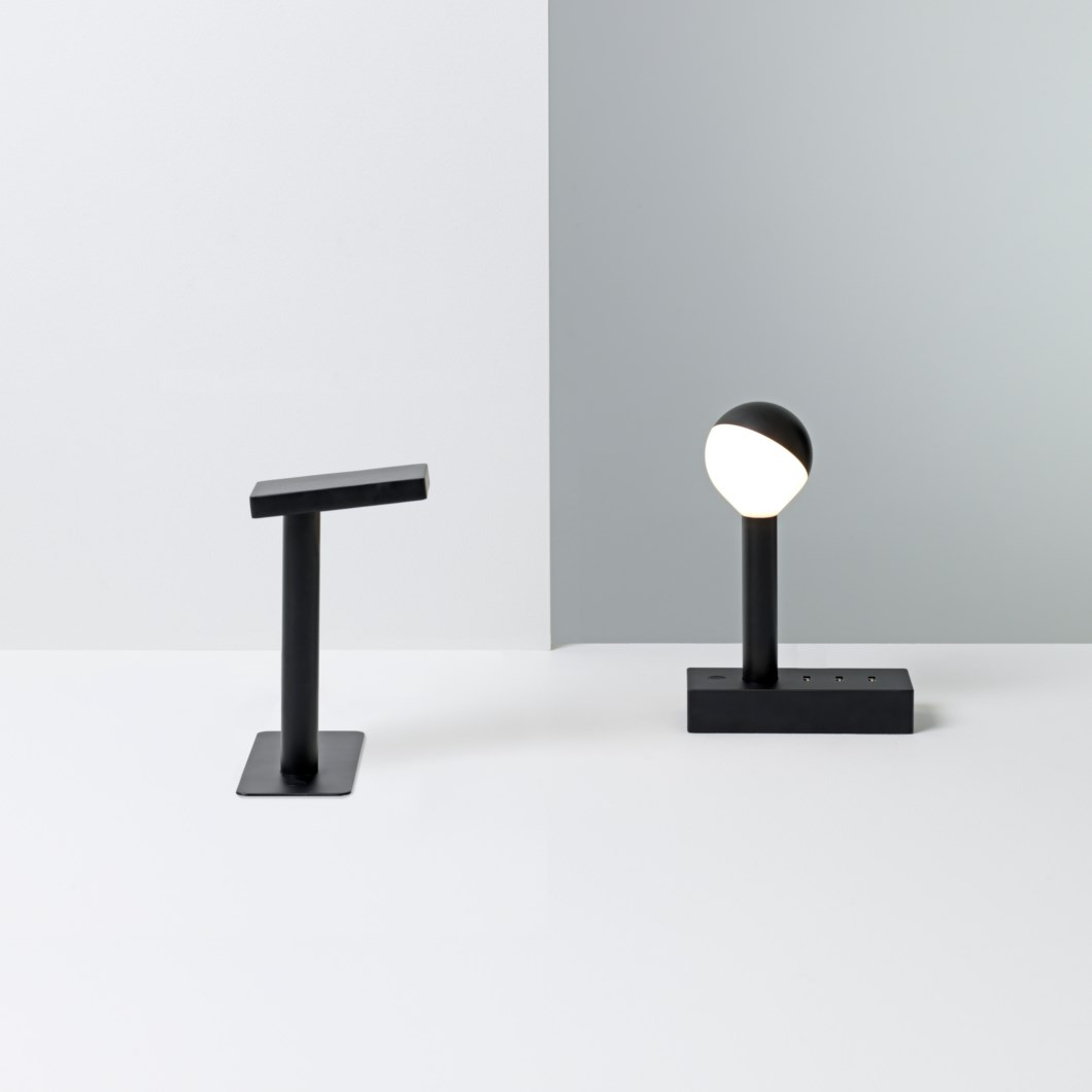Wastberg W152 Table / Desk Lamp| Image : 1