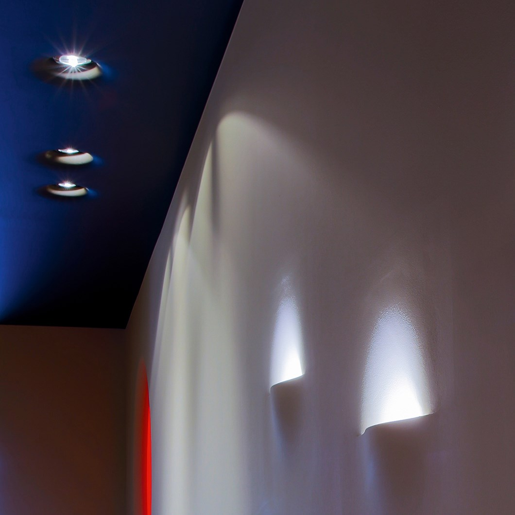 Brick In The Wall Level 111 LED Plaster In Recessed Downlight| Image:1