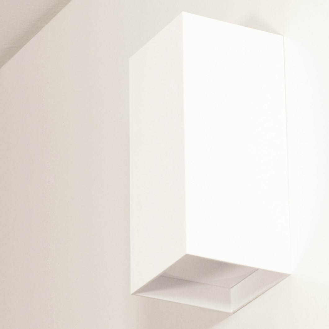 Flexalighting Marupe RGB Wall Light| Image : 1