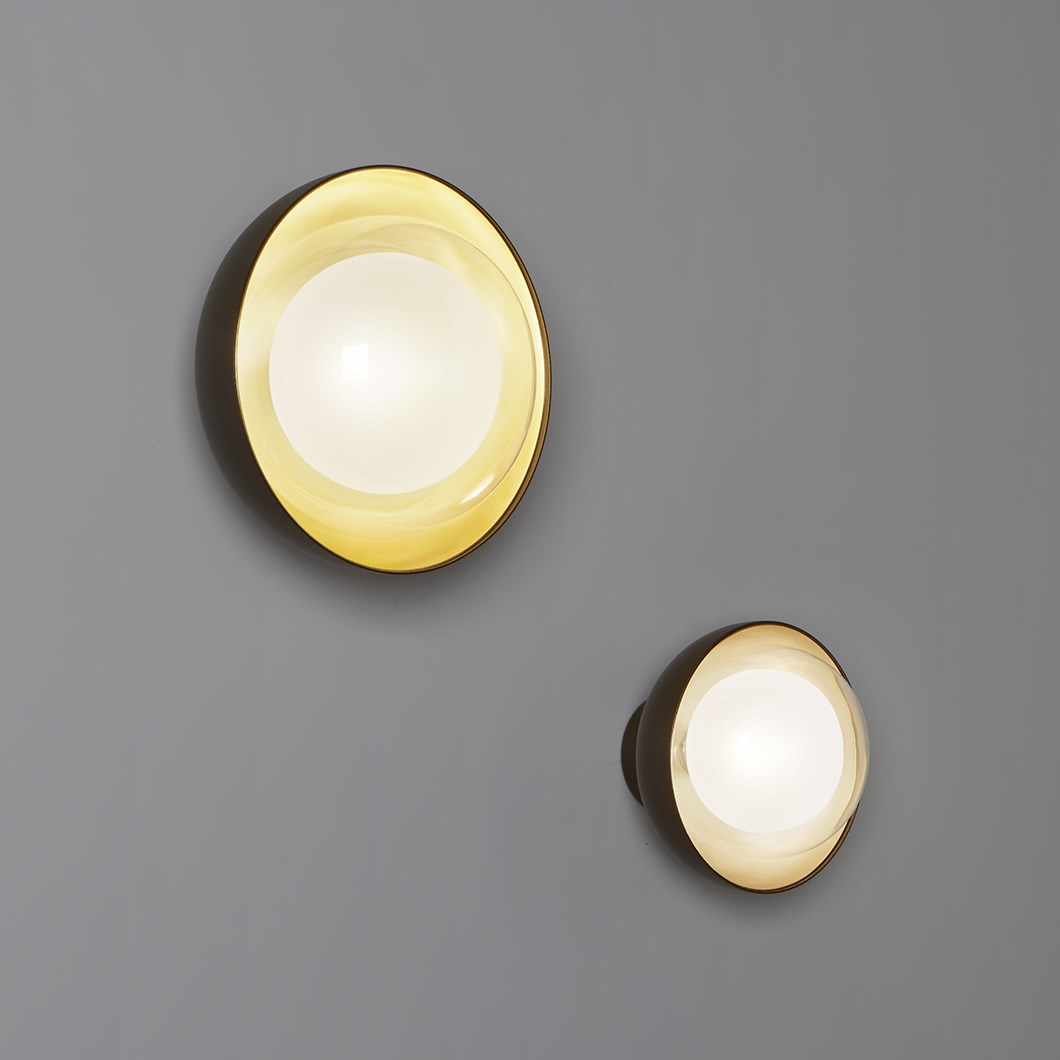 Tooy Muse Wall / Ceiling Light| Image : 1