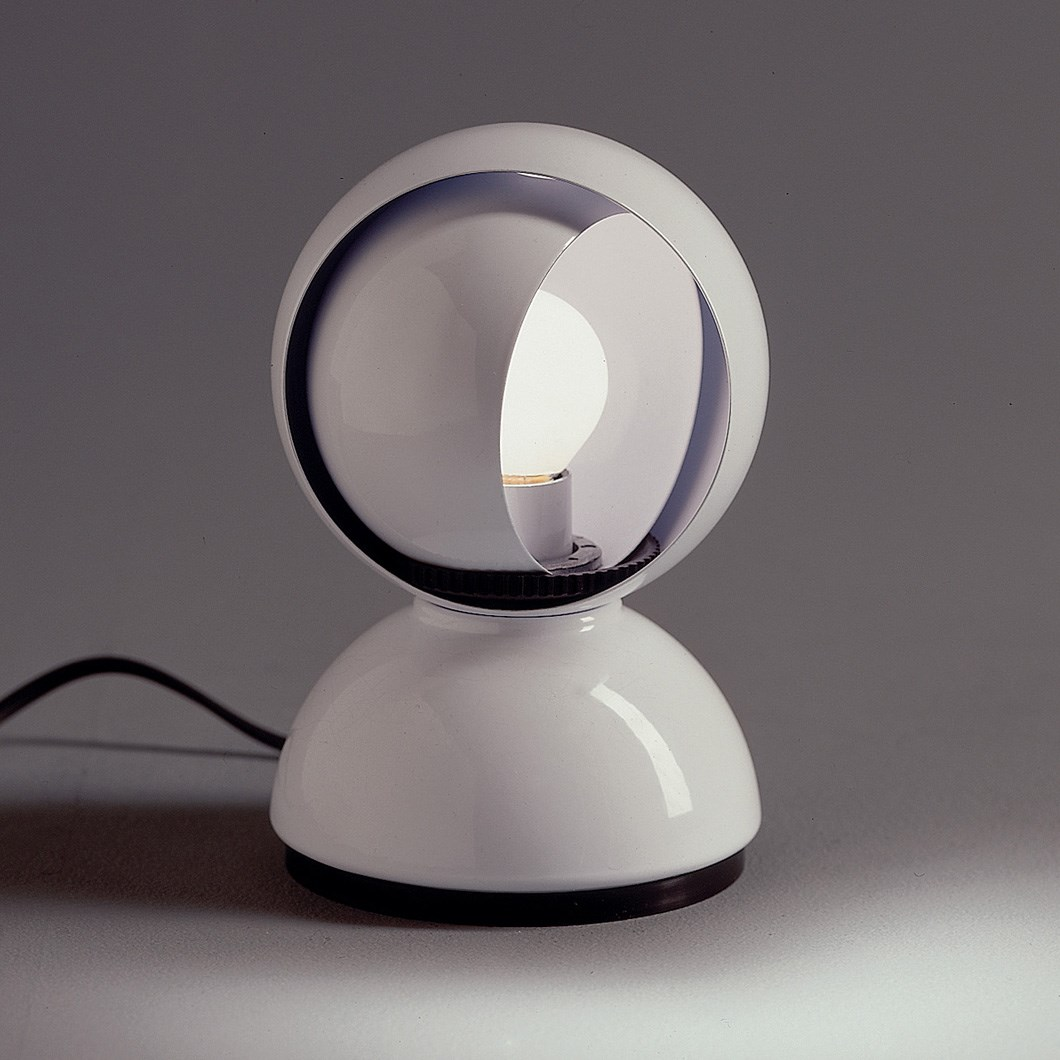 Artemide Eclisse Table Lamp| Image:1