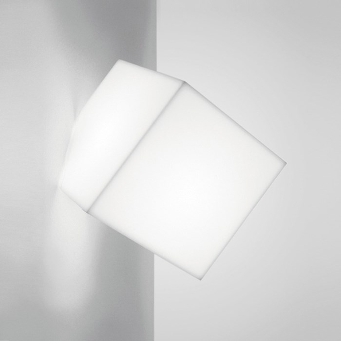 Artemide Edge Outdoor Ceiling/Wall Light| Image:1