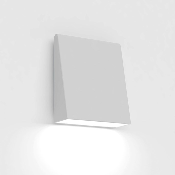 CLEARANCE Artemide Cuneo LED IP65 Outdoor Wall Light | Image:1