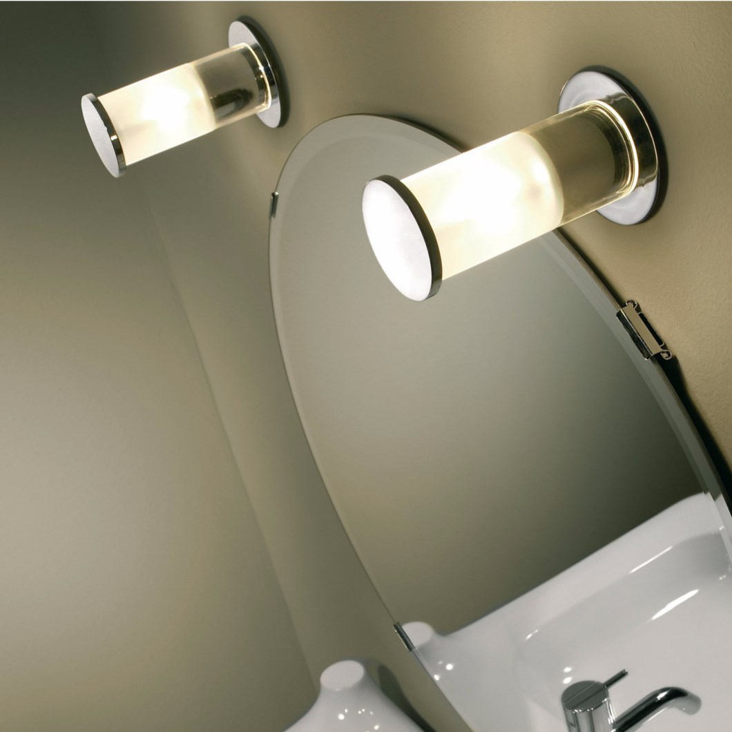 Bover Klar IP44 Wall Light| Image : 1
