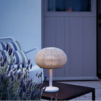 Bover Garota Table Lamp