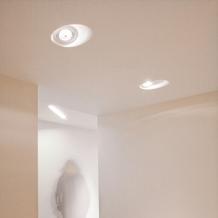 Brick In The Wall Illusion 50 Plaster In Downlight| Image:1