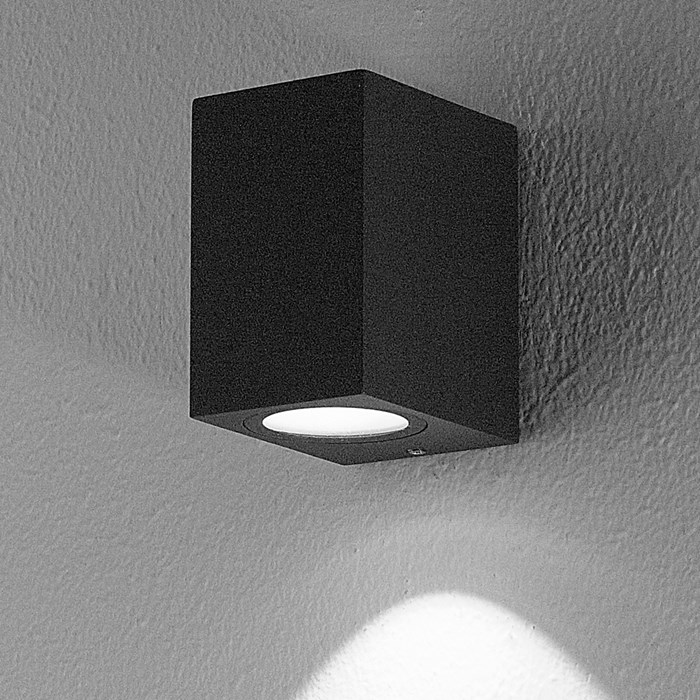 DLD Boxi Single Emission LED Outdoor IP54 Wall Light closeup in anthracite