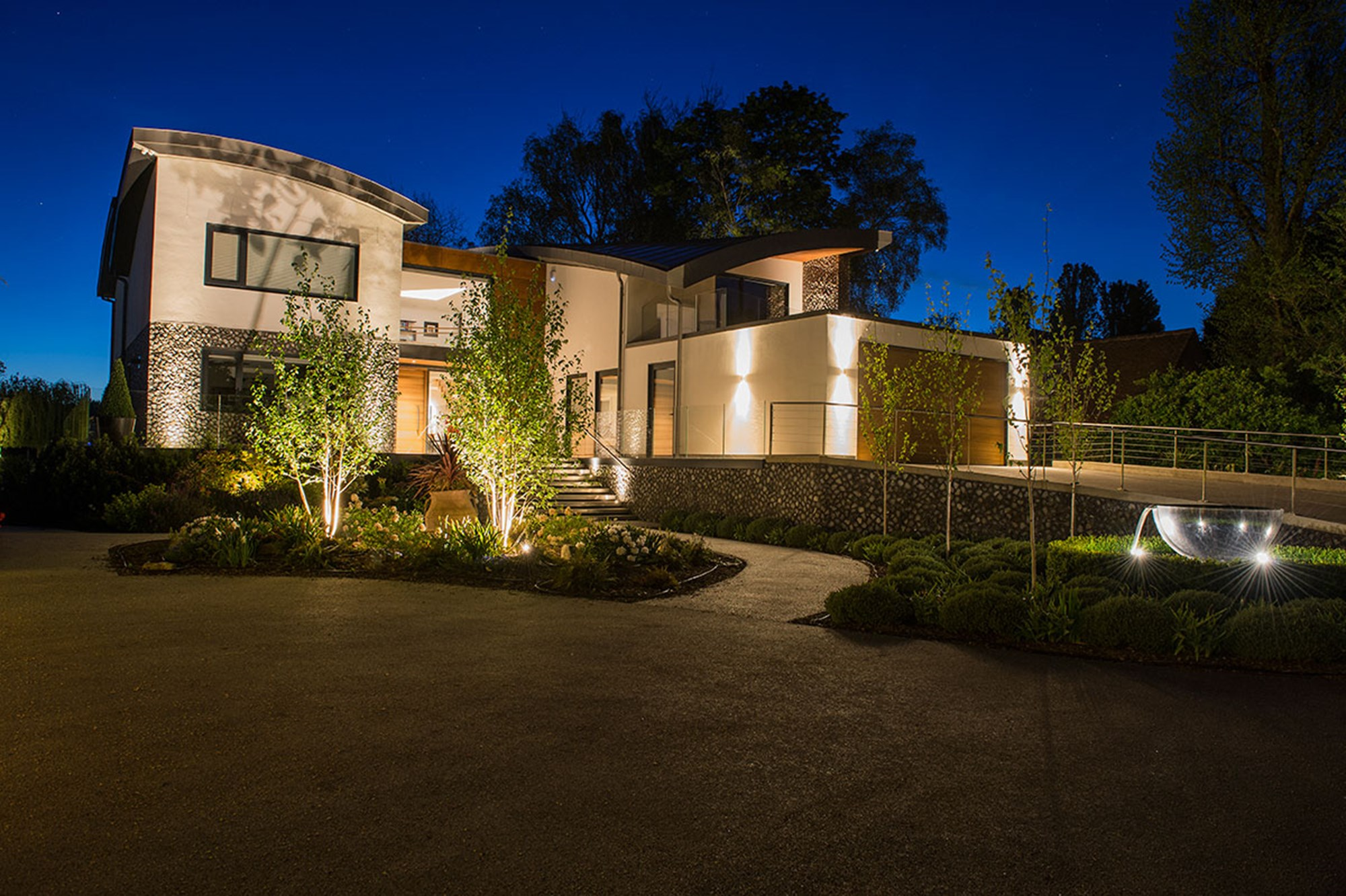 3 Expert Tips for Perfect Outdoor Lighting