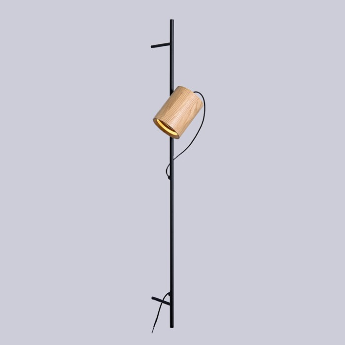 Asaf Weinbroom Spot On Line Wall Light | Image : 1