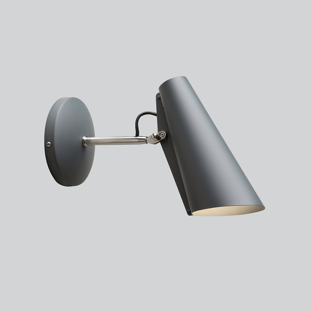 Northern Birdy Short Wall Light| Image : 1
