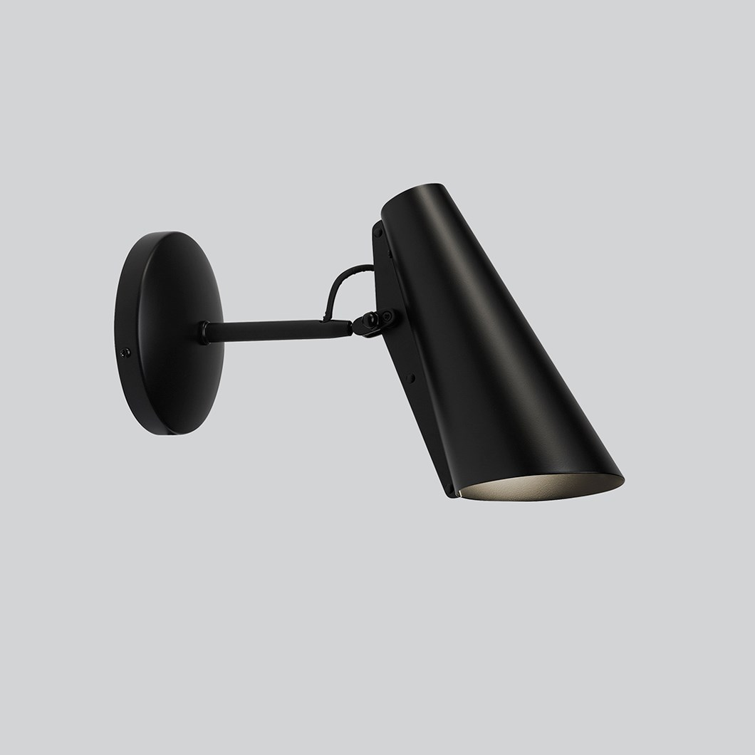 Northern Birdy Short Wall Light| Image:1