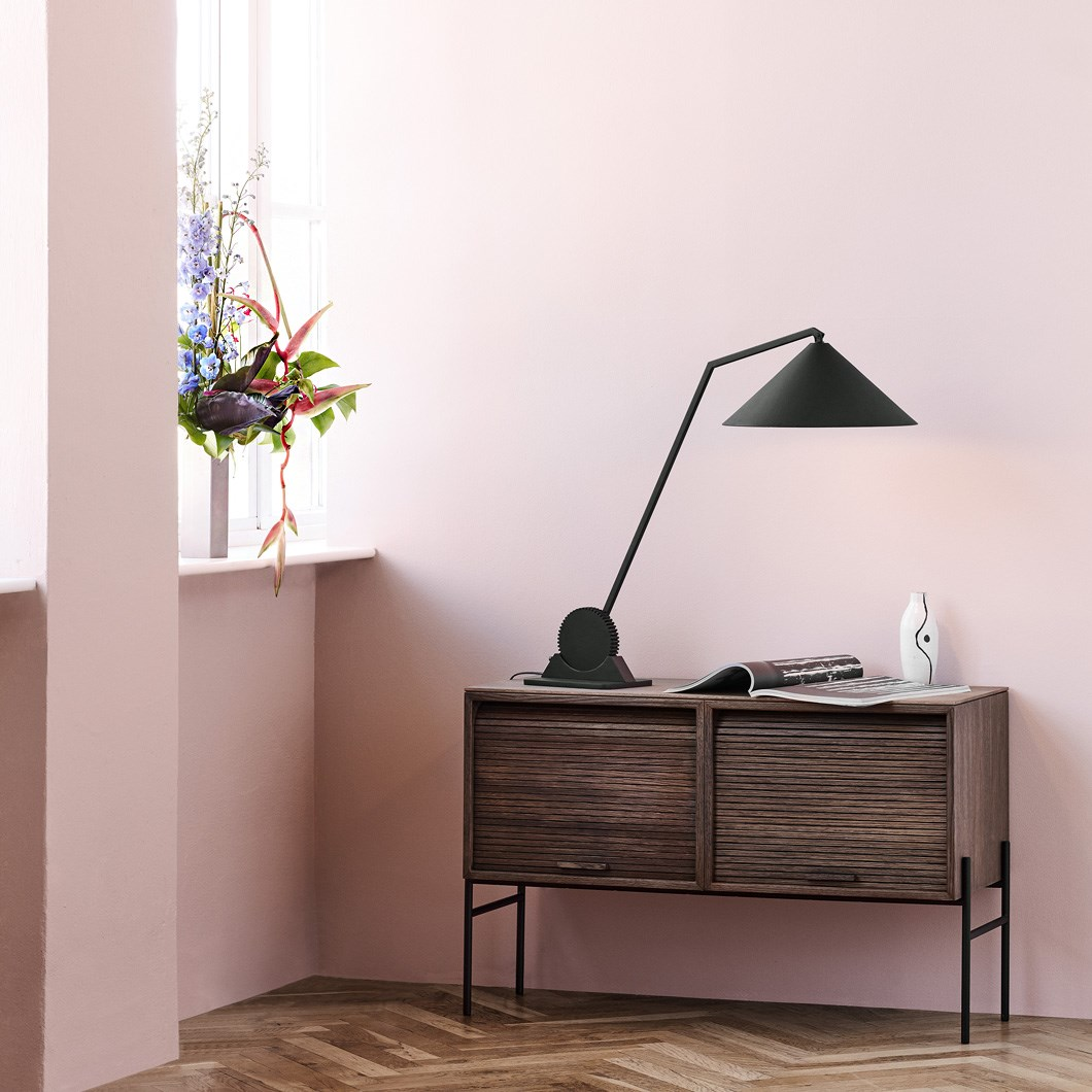 Northern Gear Adjustable Table Lamp| Image:1