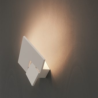 Lodes Puzzle Twist LED Wall Light